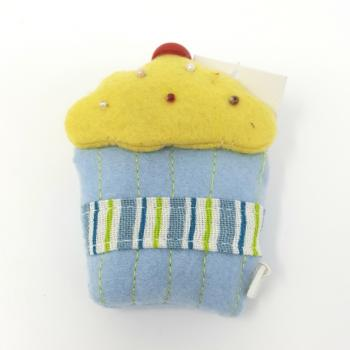 FELT CUPCAKE TAPE MEASURE