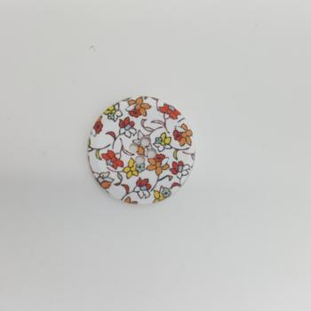 WHITE FLORAL BUTTON LARGE