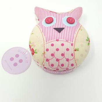 BUTTON IT OWL PIN CUSHION