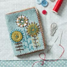 NEEDLE CASE FELT EMBROIDERY KIT By CORINNE LAPIERRE