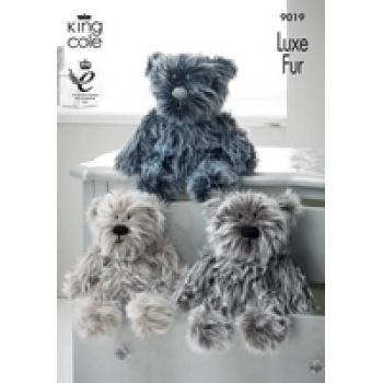 KING COLE LUXE FUR BEARS KNIT PATTERN 9019