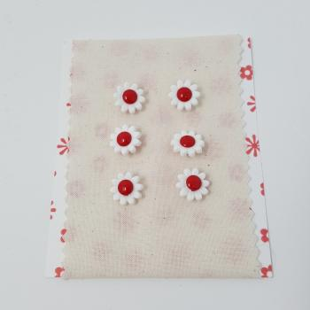 DAISY BUTTON RED