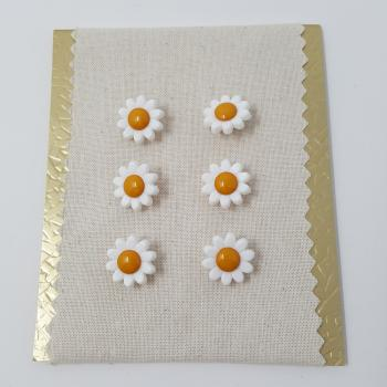 DAISY BUTTON YELLOW